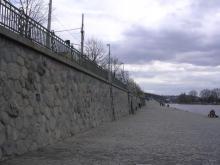Žulová zeď na Výtoni